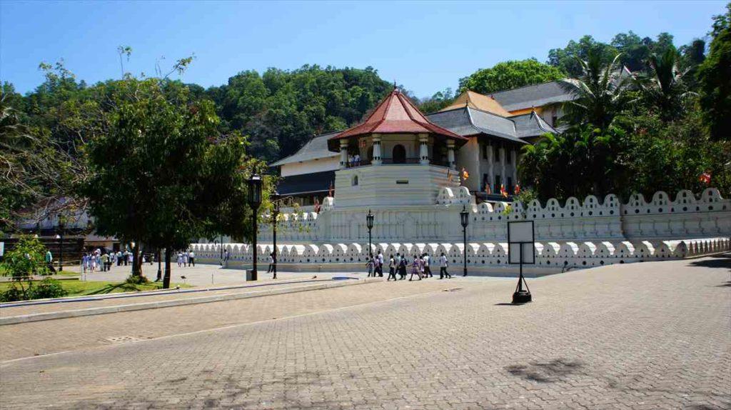 スリランカにあるキャンディの仏歯寺