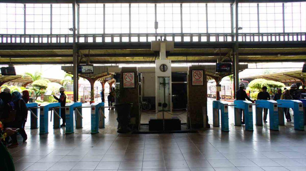 ジャカルタコタ駅