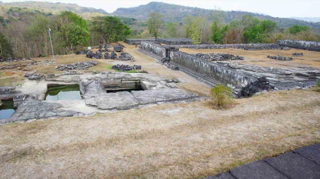 インドネシアのボコ遺跡02