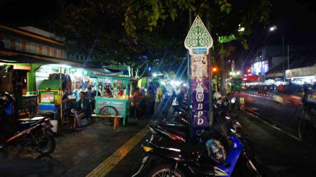 ジョグジャカルタのマリオボロ通り周辺