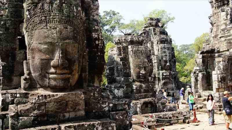 一人旅でカンボジアのアンコールワット
