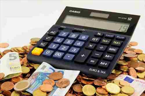 カランメソッドとDMEメソッドの費用を比較