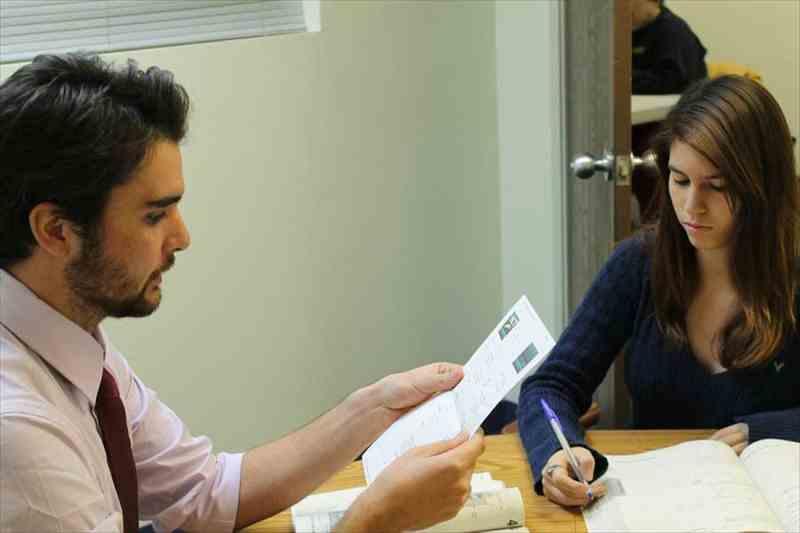 海外留学でTOEICは就職に有利になる?