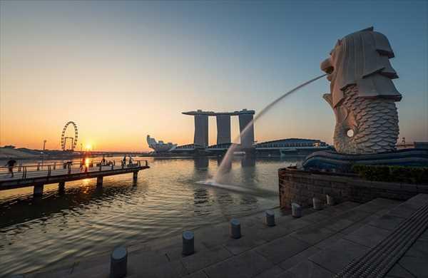 シンガポールひとり旅マーライオン