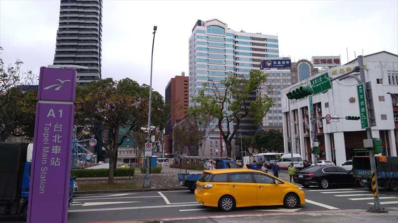 台北駅周辺の食べ歩きグルメ