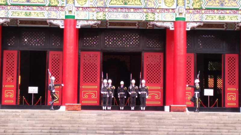 国民革命忠烈祠で衛兵交代式を見学
