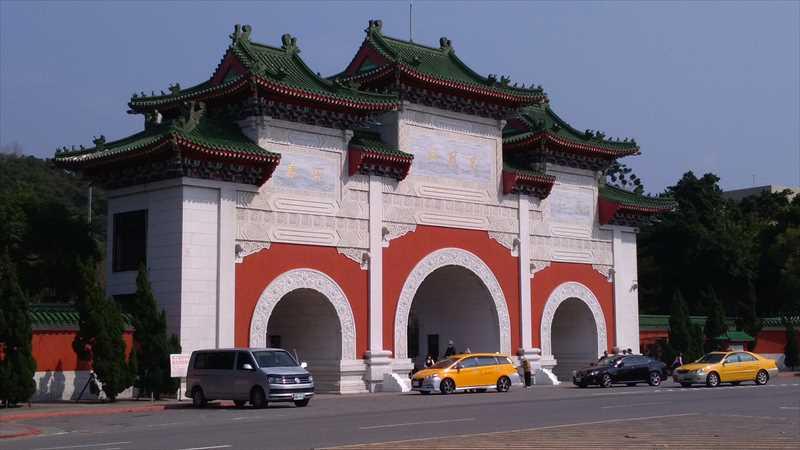 台北旅行で衛兵交代式をみるなら忠烈祠がおすすめ